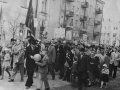 Праздничное шествие на ноябрьской демонстрации на проспекте Ленина, 1960-е годы