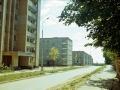 На пешеходной дорожке у школы №3, 1990-е годы