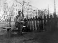 На Комсомольской улице, на заднем плане дом №12, 1950-е годы