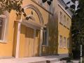 Дом №4. В этом детском саду предприятия КНИИМ воспиталось не одно поколение горожан, теперь в этом здании ведомственная гостиница, 1980-е годы