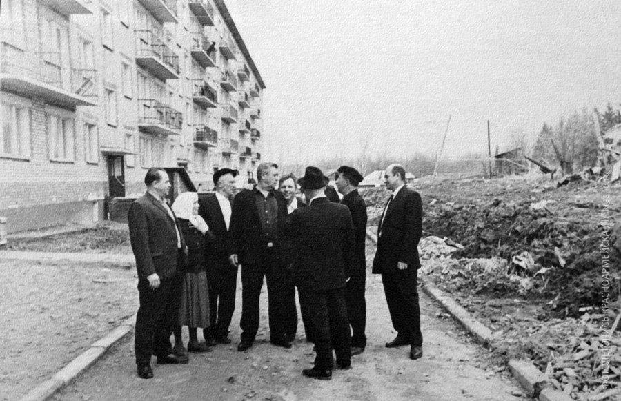 Накануне заселения дома №1 на Дачной, снимок 1969 года
