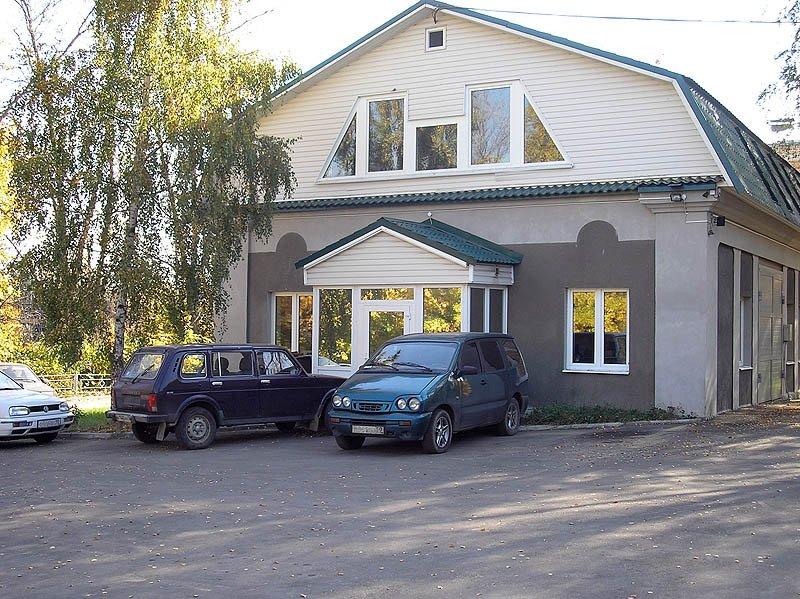 Бывшая поликлиника и отдел ВОХР, 2005 года