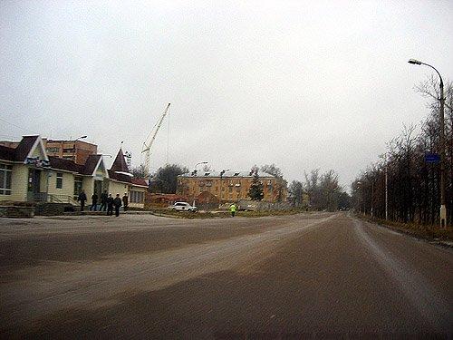 Проспект Испытателей, день выставки «Интерполитех», ноябрь 2003 год