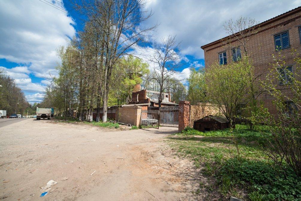 Здание ЖКО, на месте которого находилась пожарная часть, апрель 2014 года