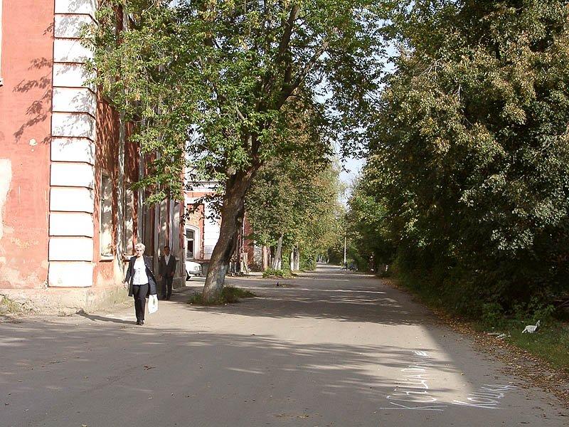 Улица Свердлова, 2002 год