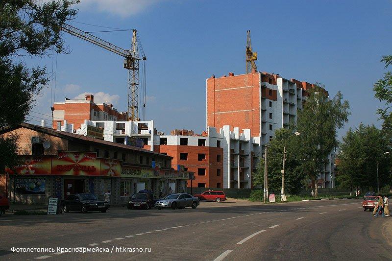 Строительство дома №9 по улице Чкалова, 2007 год