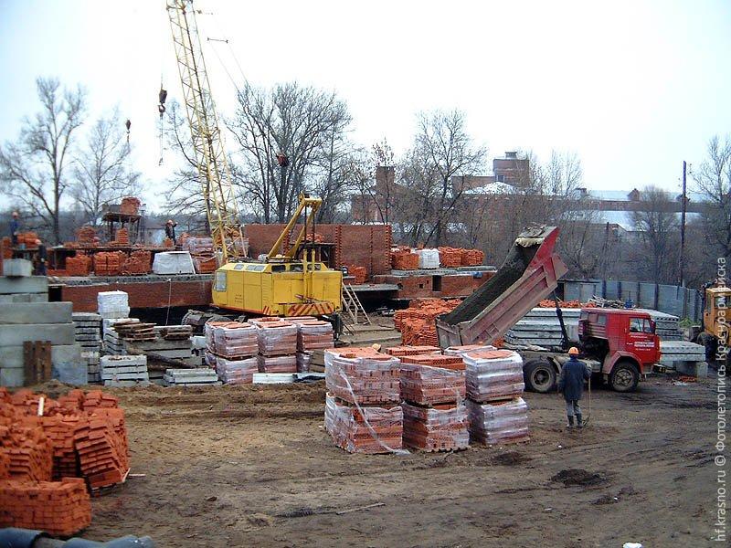 На месте, где стоял Дом Миндера, в 2004 году начал возводиться жилой комплекс «Подмосковные вечера», официальный адрес ул. Чкалова, д. 9