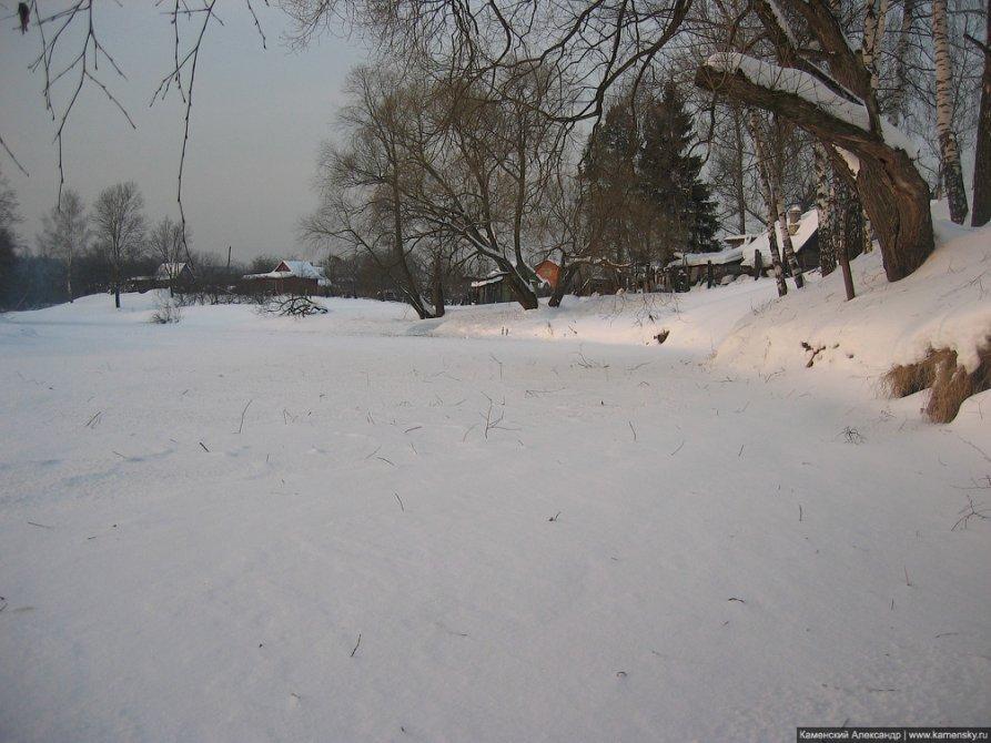 Река Воря подо льдом, февраль 2006 года