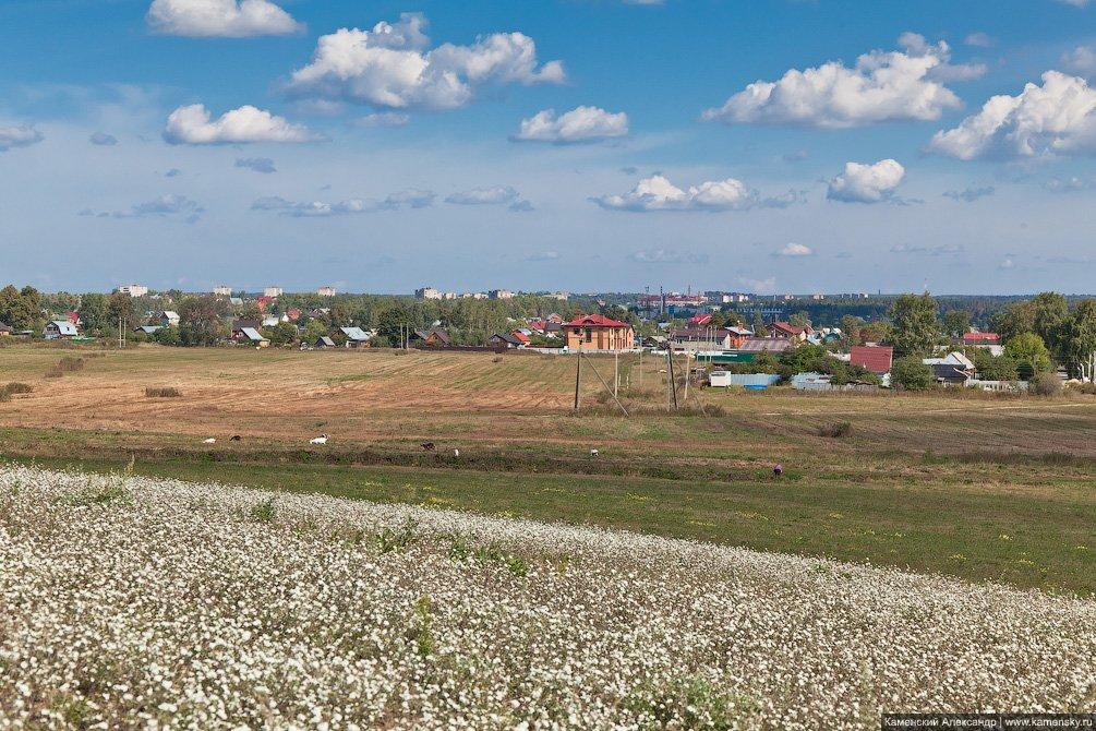 Царево, город на горизонте, август 2011 года