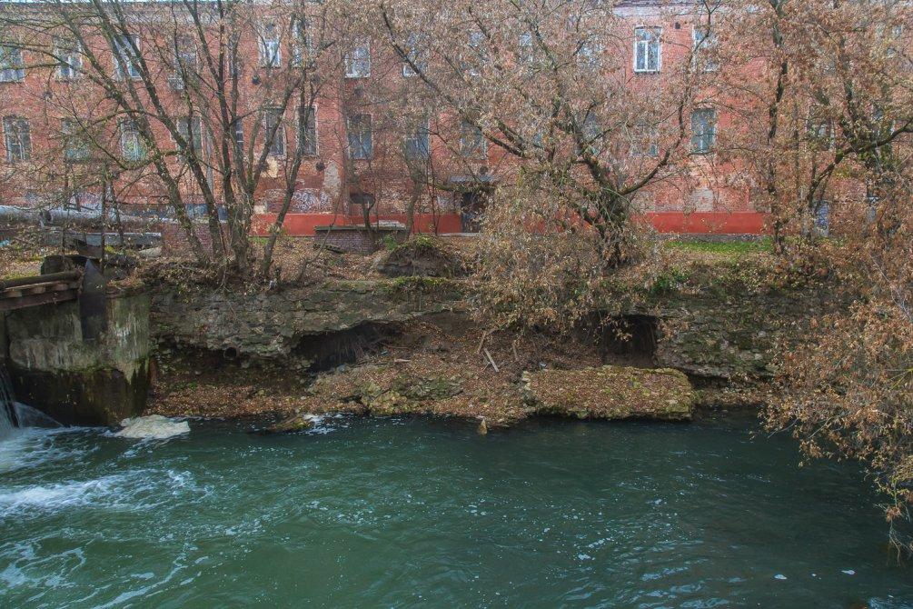 Плотина на Воре, октябрь 2015 года