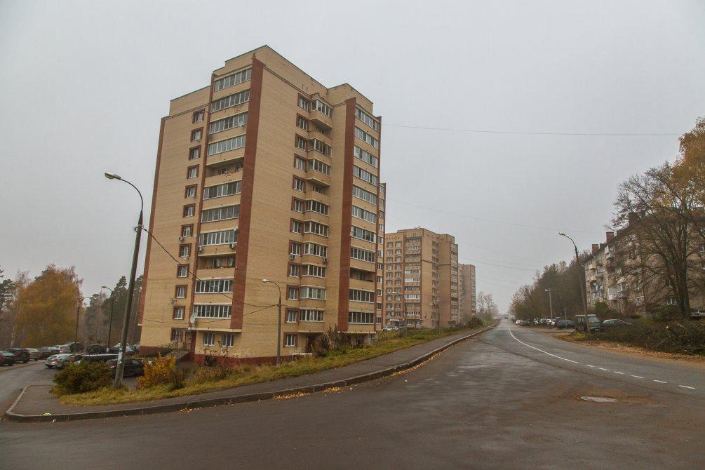 Улица Гагарина, октябрь 2015 года
