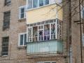 Застекленные балконы не пластиком, февраль 2017 года