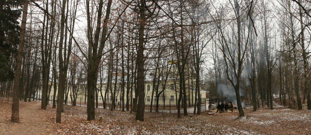 Парк у ДК имени Ленина, вид от улицы Пионерской, 2007 год