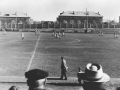 На трибунах стадиона Зенит во время всех футбольных матчей всегда было многолюдно, 1960-е годы