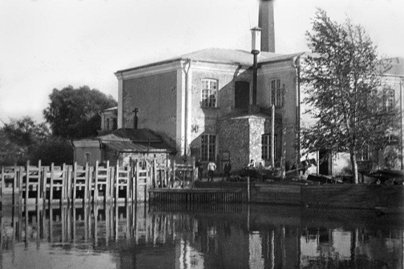 Отбельная казарма и городская плотина, 1920-е годы