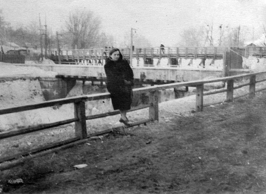На плотине. 1960-е годы