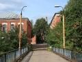 Мост через Ворю около городской плотины, он появился в 1980-е годы взамен деревянного моста, который был в аварийном состоянии. Но следуя традиции, движение машин по этому мосту закрыто, 2007 год