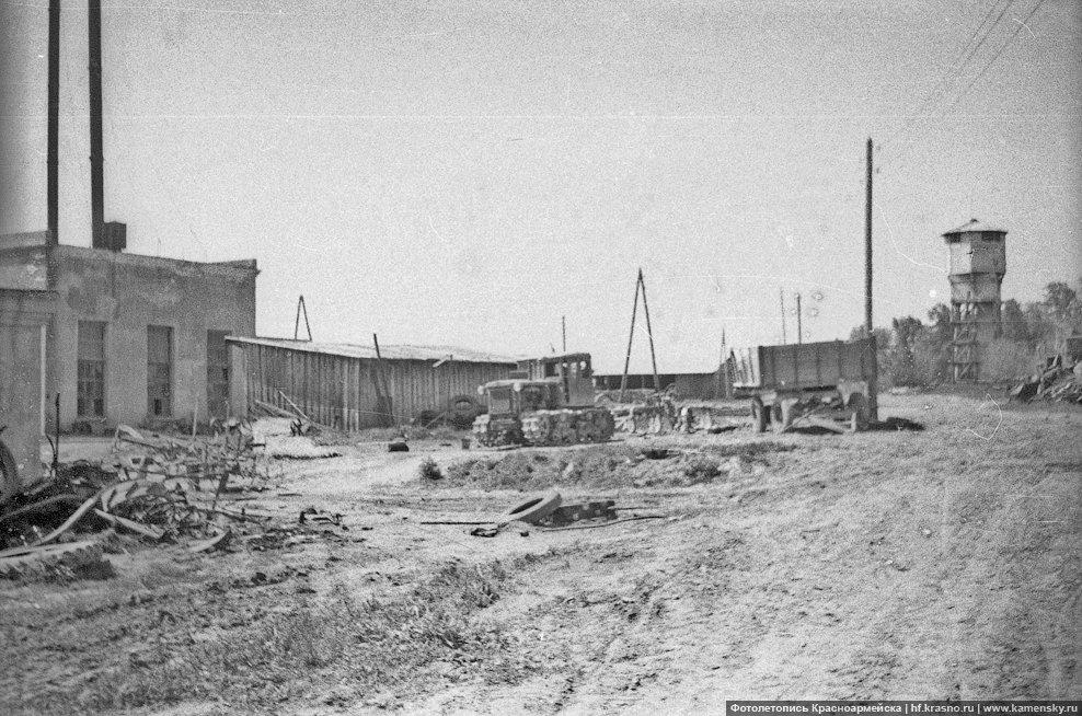 Деревня Путилово, 1960-е годы, сельхозтехника