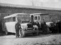Гараж Софринского артиллерийского полигона (сейчас НИИ Геодезия), 1940-е годы, автобусы ЗИС-8 и АМО-4 с кузовом типа «Лейланд»