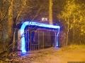Ведомственная автобусная остановка на Дачной улице простояла до 2014 года, фото 2009 год