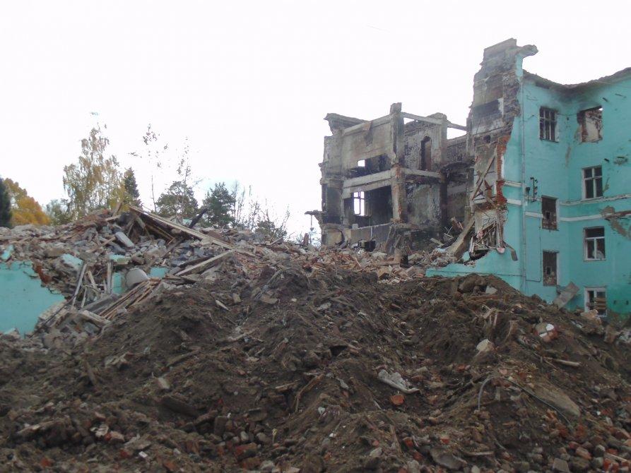 """Разрушение здания """"Парижа"""", октябрь 2014 года"""