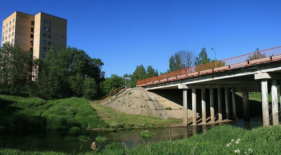 """На месте автомобильного моста стоял высокий железнодорожный """"болгарский"""""""