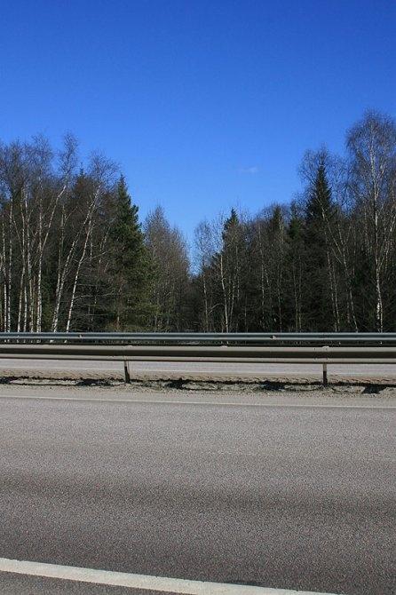 Просека УЖД хорошо видна с нового Ярославского шоссе, окрестности платформы Рахманово